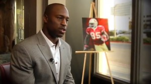 Vernon Davis sits down at Gallery 85 to talk about the important things in life.